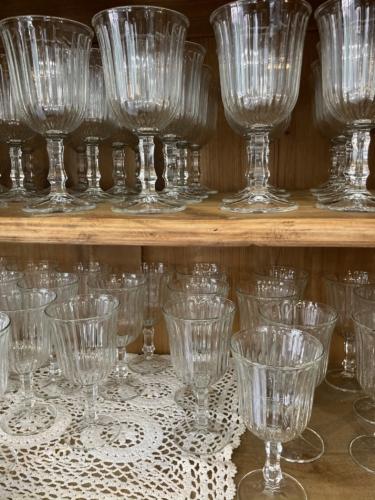 louer la salle Clematis et sa vaisselle vintage